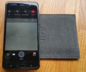 HTC U Play (1)