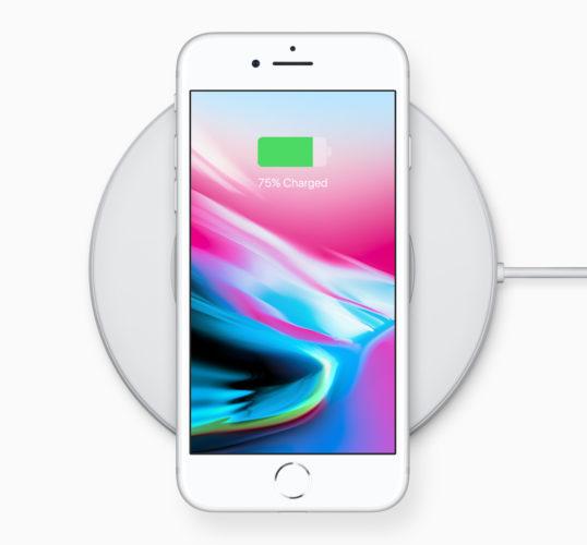 Bilo koji qi kompatibilan punjač radit će sa novim iPhone-om