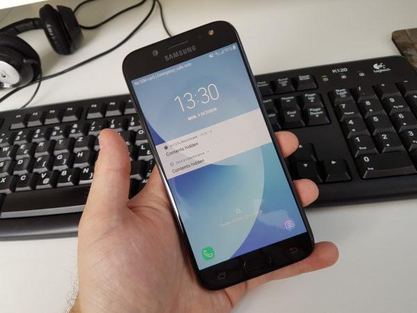 Galaxy J5 dobro pristaje u ruci, te je ugodan za korištenje.